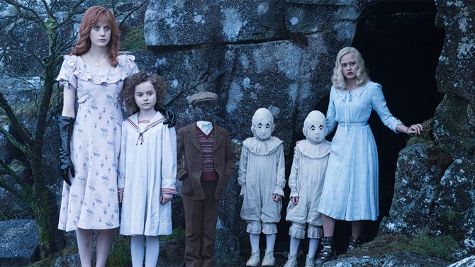 Estrenos: «Miss Peregrine y los niños peculiares», de Tim Burton
