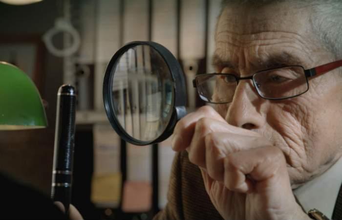 Estrenos online: crítica de «El agente topo», de Maite Alberdi (Netflix)