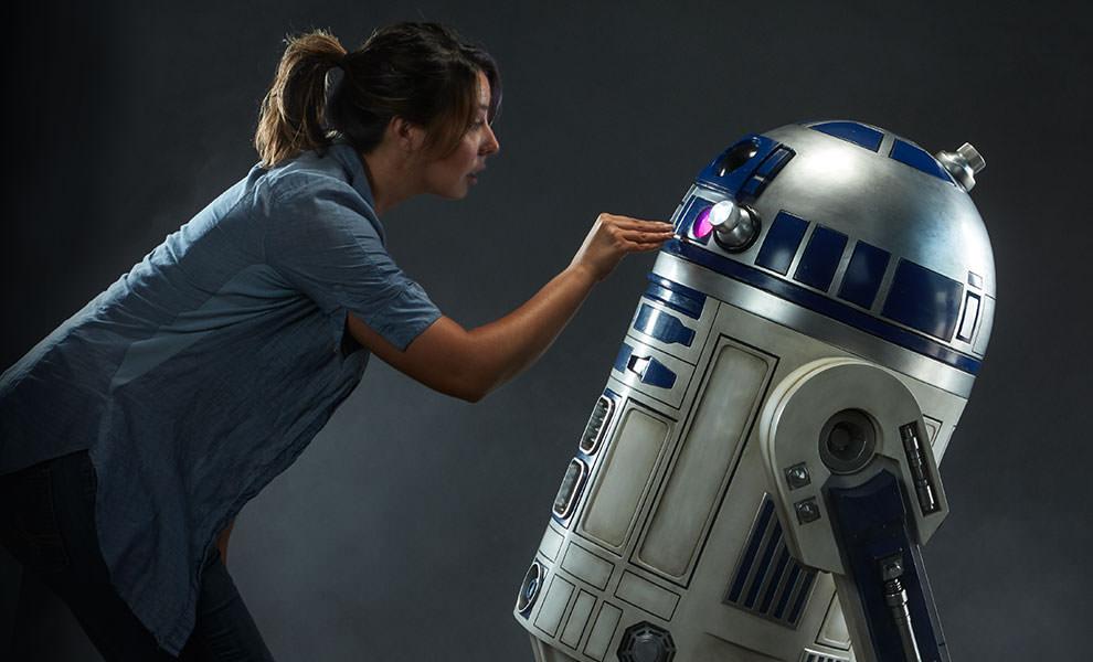 Por 7000 euros puedes tener un R2-D2 a tamaño real que «hace ruidos»