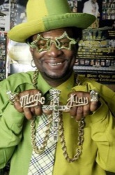 Don the Magic Juan knows his bling and it ain't this CRV!