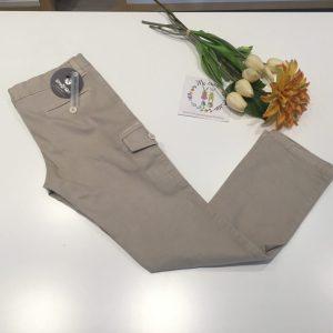pantalon beigs con bolsillo en lateral