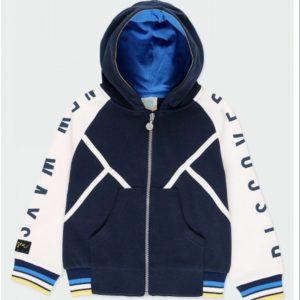 chaqueta azul y blanca