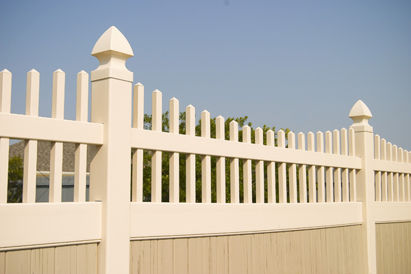 vinyl fencing amp vinyl fence installation baltimore annapolis md dc va since 1986