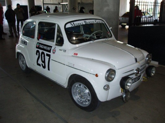 Rally Car Wallpaper Snow 1961 Fiat 600d In The 2011 Rally Monte Carlo Historique