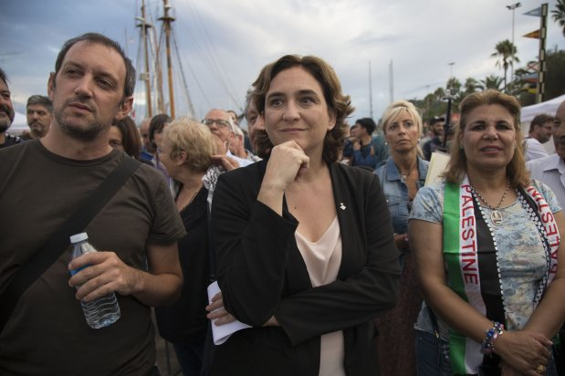 "BARCELONA, SPAIN - SEPTEMBER 14: The mayor of Barcelona, Ada Colau shows her support for two sailing boats, Amal-Hope and Zaytouna-Oliva, with only female activists on board, before it sets off for the Gaza Strip from the port of Barcelona under the banner ""The Women's Boat to Gaza"" to break the Israeli blockade on Gaza on September 14, 2016 in Barcelona, Spain. ( Albert Llop - Anadolu Agency )"