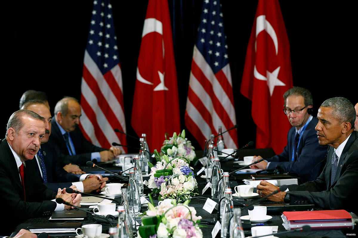 Turkish President Recep Tayyip Erdogan meets with Former US President Barack Obama at the 11th G20 Leaders' Summit in Hangzhou, China, on 3 September 2016