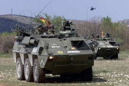 Spanish army personnel carrier [Scott Wagers/wikipedia]