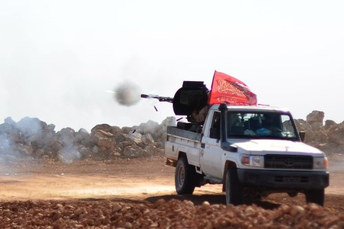 Free Syrian Army members attack Daesh positions in Aleppo, Syria as part of 'Operation Euphrates Sheild' on October 27 2016 [Anadolu]