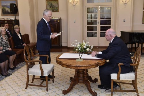 Australian Prime Minister Malcolm Turnbull and Governor-General Sir Peter Cosgrove following the September 2015 Liberal leadership ballot [Commonwealth of Australia/Wikipedia]