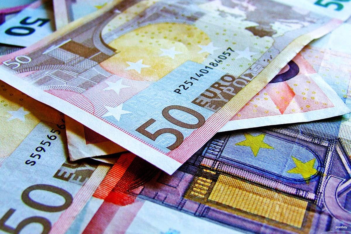 Image of Euro notes [pixabay]