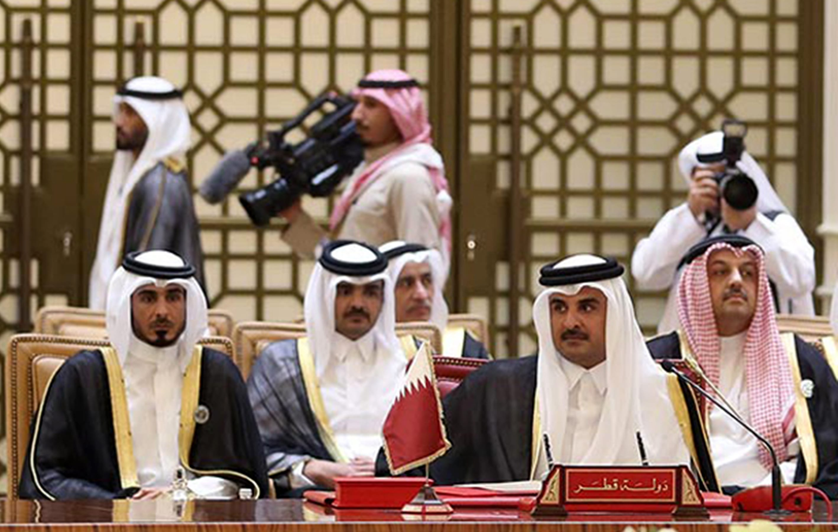 Bahrain 'asks Qatari troops to leave'