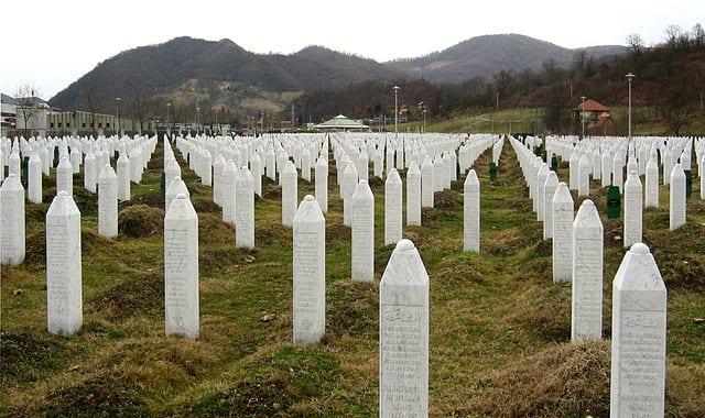 Gravestones at the Potočari genocide memorial near Srebrenica [Michael Büker/Wikipedia]