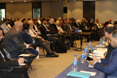 Delegates attending a seminar at the Palestinians Abroad conference in Istanbul, Turkey on February 26, 2017 [Middle East Monitor]