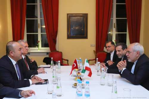 Image of Turkish and Iranian delegates in a meeting on 17th February 2017 [Turkish Foreign Ministry / Ahmet Gumus/Anadolu]