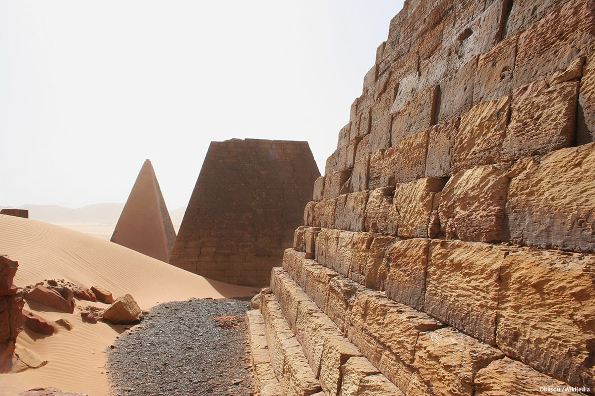 Image of the Meroe pyramids in Sudan [Dbxsoul/Wikipedia]