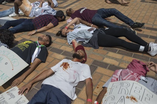 A group of student stage a theater performance on Palestinian people during a protest against Israel's policies at Witwatersrand University in Johannesburg, South Africa on March 8, 2017. ( Ihsaan Haffejee - Anadolu Agency )