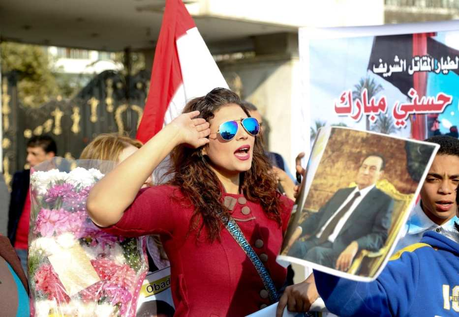 People gather in front of the Al Maadi Hospital to celebrate the prosecutors order to release ex-president Hosni Mubarak in Cairo, Egypt on March 19, 2017 [Fared Kotb - Anadolu]