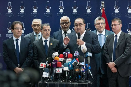 First secretary of Socialist Union of Popular Forces (USFP), Idris Lesker (R 3) delivers a speech during a joint press conference with the head of the National Council of Justice and Development Party (JDP), Saadeddine Othmani (L 3) after their meeting in Rabat, Morocco on March 21, 2017 (Jalal Morchidi - Anadolu Agency )