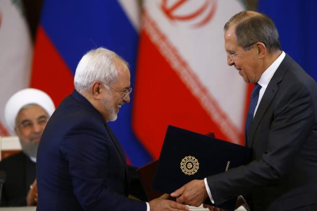 Iran's Foreign Minister Mohammad Javad Zarif (L) and Russia's Foreign Minister Sergei Lavrov (R) in Moscow, Russia on March 28, 2017. ( Sefa Karacan - Anadolu Agency )