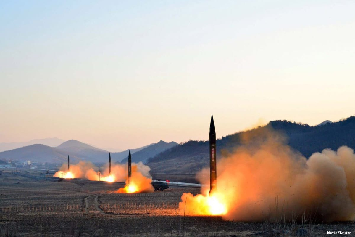 Image of missiles launching [bkw1d/Twitter]