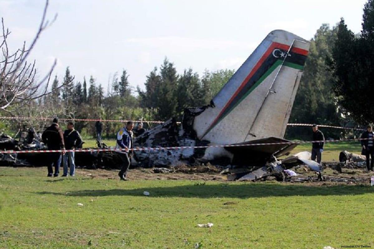 Image of a plane crash in Libya [yenisafakEN/Twitter]