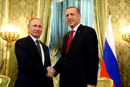 Turkish President Recep Tayyip Erdogan (R) meets with Russian President Vladimir Putin (L) in Moscow, Russia on 10 March 2017 [Kayhan Özer/Anadolu Agency]