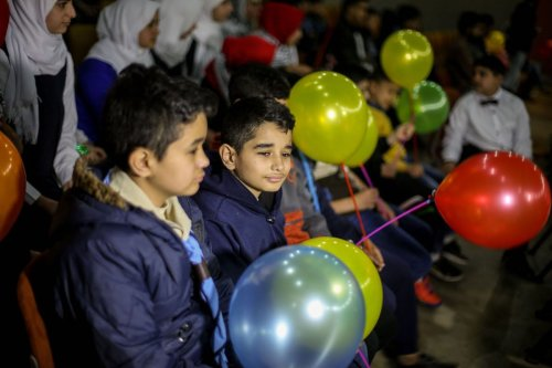 Palestinian children attend an event organized by Hope for Orphans Institute with the support of Ministry of Social Affairs as part of the Arab Orphans Day in Gaza City, Gaza on April 06, 2017. ( Mohammed Talatene - Anadolu Agency )