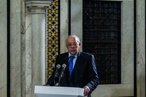 Tunisia's Central Bank Chairman Chedly Ayari speaks to press after the cooperation agreement signing ceremony between UK and Tunisia in Tunis, Tunisia on April 11, 2017. ( Amine Landoulsi - Anadolu Agency )