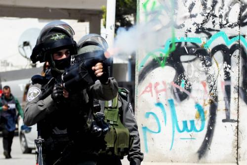 Image of Israeli security forces in Bethlehem, West Bank on 17 April 2017 [Mamoun Wazwaz/Anadolu Agency]