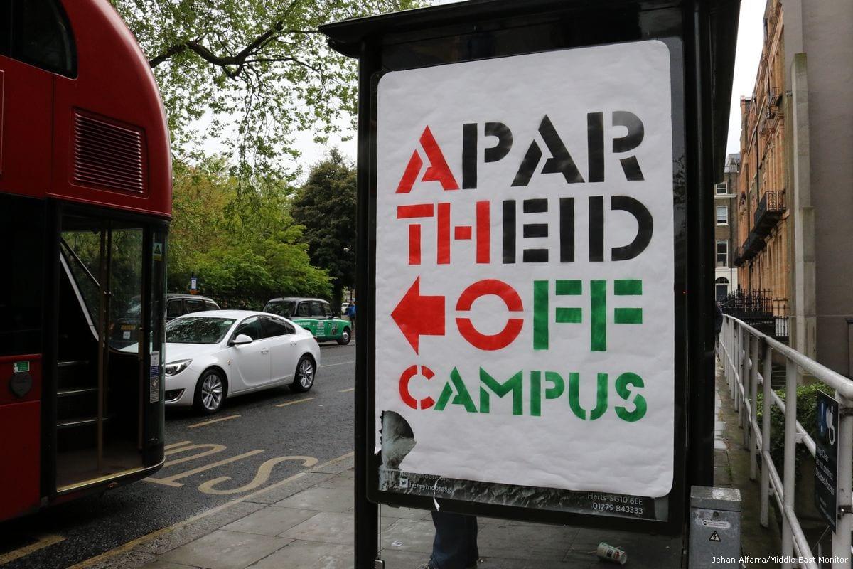 Students protest against Israeli Apartheid, London on 27 April, 2017 [Jehan Alfarra/Middle East Monitor]