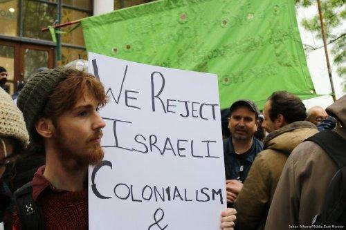 SOAS students protest against Israeli ambassador Mark Regev in London on April 27, 2017 [Jehan Alfarra/Middle East Monitor]
