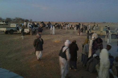 Image of tribal members gathering during a dispute between two tribe over stolen camels, in Sudan, April 2017