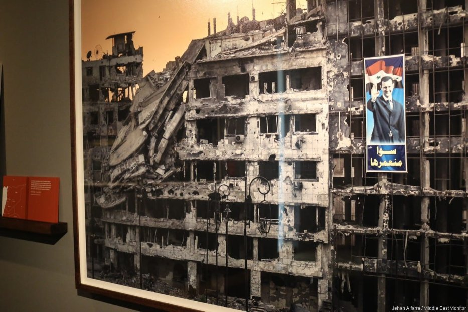 Photograph by photographer Sergey Ponomarev displayed in the photo exhibition. [Jehan Alfarra / Middle East Monitor]