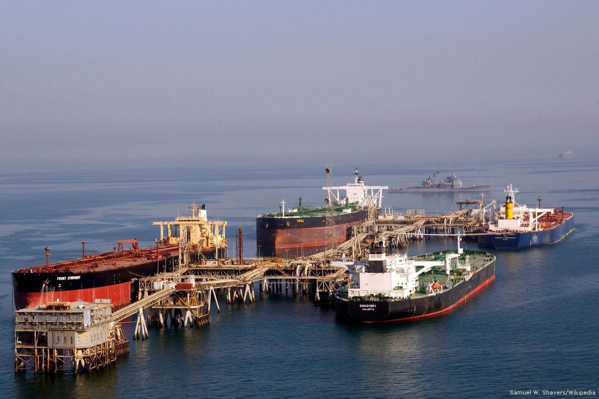 Oil tanksers seen at the Al-Basra Oil Terminal in Iraq [Samuel W. Shavers/Wikipedia]