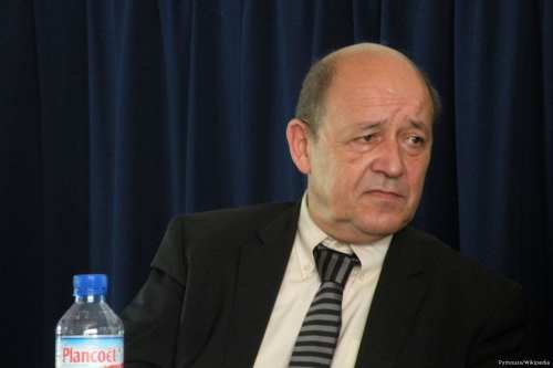 Image of French Minister of Defence, Jean-Yves Le Drian [Pymouss/Wikipedia]