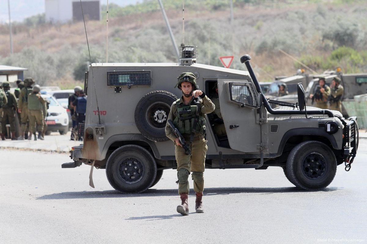 Image of Israeli soldiers on 31st July 2016 [Nedal Eshtayah/Apaimages]