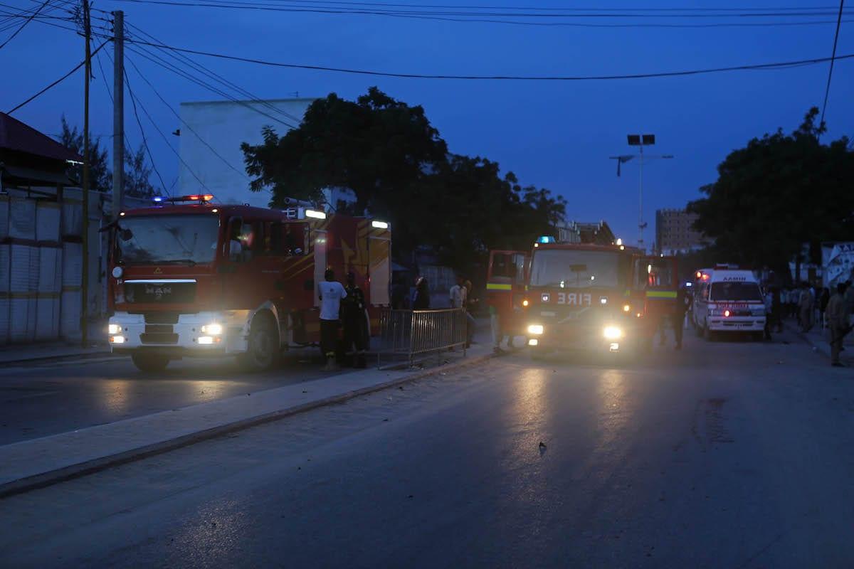 Fire trucks arrive after a bomb exploded in Mogadishu, Somalia on May 8, 2017 [Sadak Mohamed/Anadolu Agency]