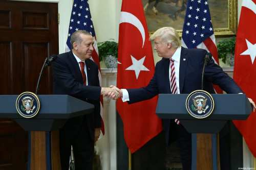 U.S President Donald Trump (R) and President of Turkey Recep Tayyip Erdogan (L) shake hands during a joint press conference after their meeting at the Oval Office of the White House in Washington, United States on 16 May, 2017 [Volkan Furuncu/Anadolu Agency]