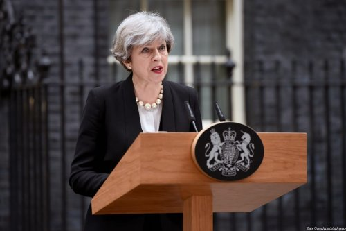 British Prime Minister Theresa May, delivers a statement outside number 10 Downing Street in London, United Kingdom on 23 May, 2017 [Kate Green/Anadolu Agency]
