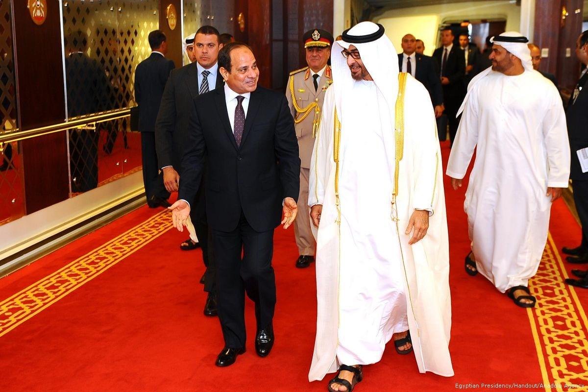 President of Egypt Abdel Fattah el-Sisi (L) meets The Crown Prince of Abu Dhabi General Sheikh Mohammed Bin Zayed Al Nahyan (R) in Abu Dhabi, UAE on 3 May 2017 [Egyptian Presidency/Handout/Anadolu Agency]