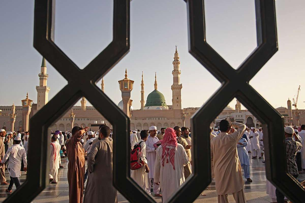 fashion show in medina sparks saudi anger on twitter middle east