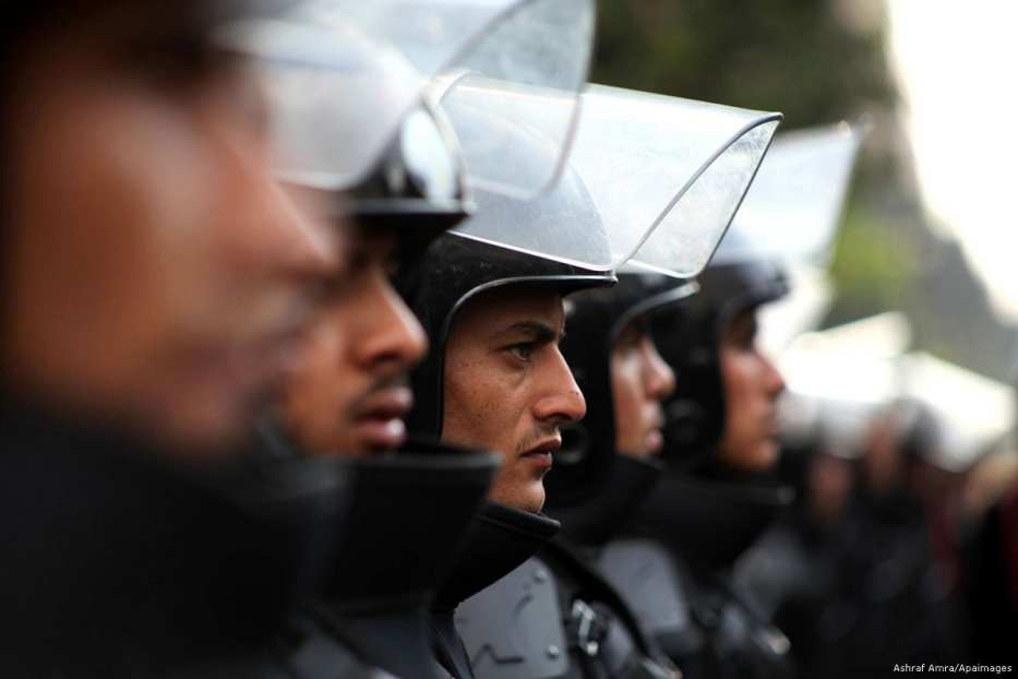 Image of Egyptian soldiers [Ashraf Amra/Apaimages]