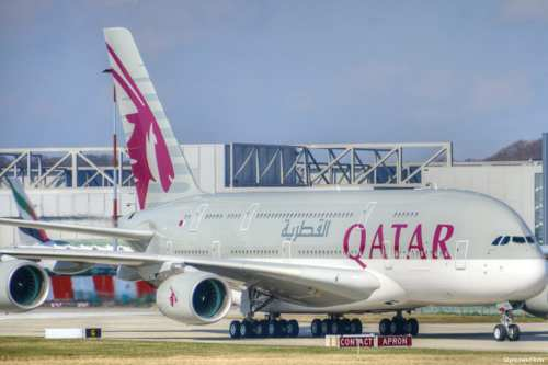 Image of Qatar airways planes [GlynLowe/Flickr]