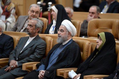 Iranian President Hassan Rouhani (C) in Tehran, Iran on 3 July 2017 [Fatemeh Bahrami/Anadolu Agency