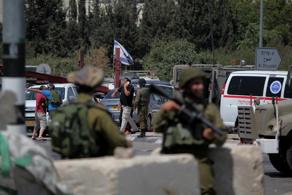 Israeli security forces in the West Bank on 18 July 2017 [Mamoun Wazwaz/Anadolu Agency]