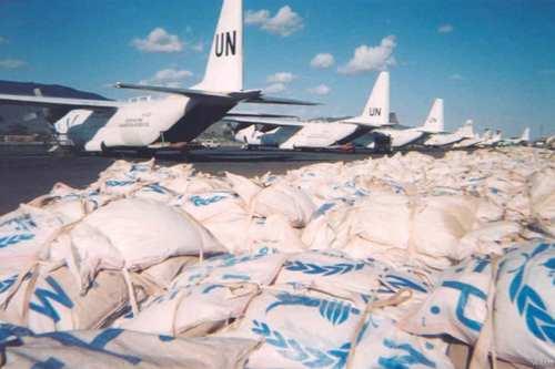 Food aid delivered in Sudan [Wikipedia]