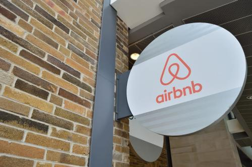 Airbnb Office [FlickR]