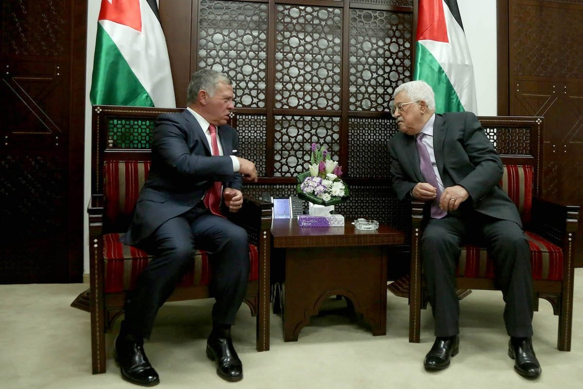 King Abdullah II bin al-Hussein (L) of Jordan meets with President of Palestine, Mahmoud Abbas (R) at Presidency building in Ramallah, West Bank on 7 August 2017. [Issam Rimawi - Anadolu Agency]