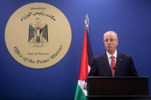 Prime Minister of Palestine Rami Hamdallah holds a joint press conference with United Nations Secretary General Antonio Guterres (not seen) following their meeting at Prime Ministry building in Ramallah, West Bank on August 29, 2017. ( Issam Rimawi - Anadolu Agency )