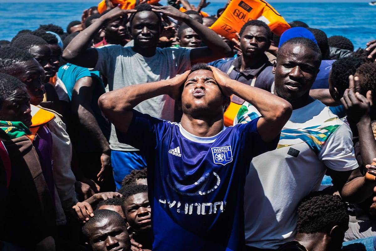 Unofficial armed group stops migrants from leaving Libya for Europe
